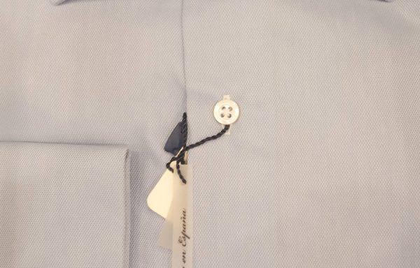 Camisa vestir azul clara